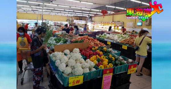 消费者在有条件管制令期间选择自己烹煮,蔬果需求量相续提高。